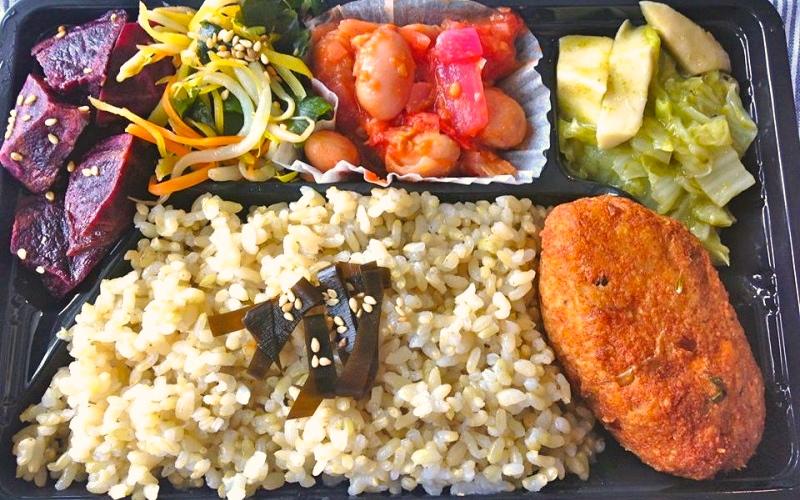 【沖縄・那覇】ベジなお弁当が買えるお店2つ♪自然食とごはんmana&がじゅまるガーデン(福豆)