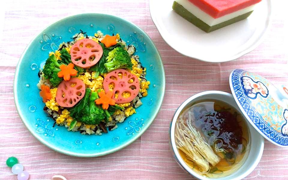 ひな祭りやハレの日の食卓にぴったり!おいしくて華やかな、ベジ玄米ちらし寿司の作り方