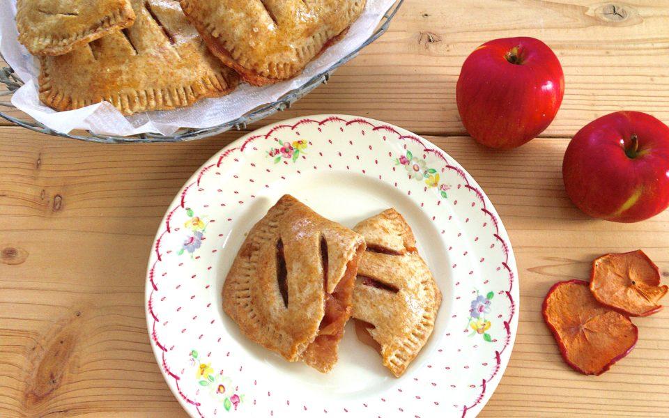 【寄稿記事】焼きたてを頬張りたい!サクサクとろとろで簡単、ヴィーガンホットアップルパイの作り方