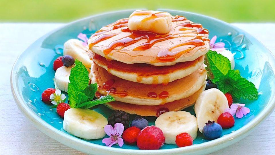 【沖縄のお宿・間琉maruに教わる!】veganで夢のキャラメルバターパンケーキ♥秘密は、塩糀と醤油糀だった!?